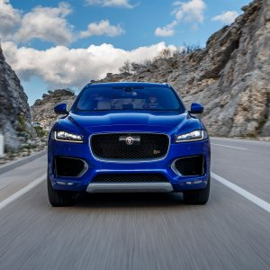 2017-Jaguar-F-Pace-First-Edition-front-view-on-road.jpg