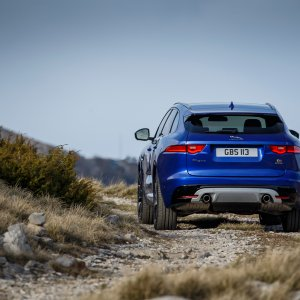 2017-Jaguar-F-Pace-First-Edition-rear-view-off-road.jpg