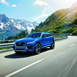 Jag_FPACE_LE_S_Location_Image_140915_07.jpg